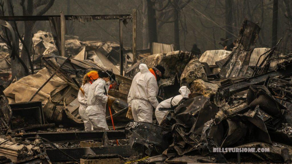 มีผู้สูญหาย หลายสิบคนในไฟป่าในโอเรนกอน ผู้ว่าราชการจังหวัดเคทบราวน์กล่าวว่ามีผู้สูญหายหลายสิบคนในไฟป่าโอเรกอนซึ่งทำให้ผู้คนนับหมื่นพลัดถิ่น